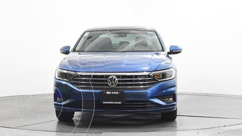 Volkswagen Jetta Highline usado (2019) color Azul precio $360,274
