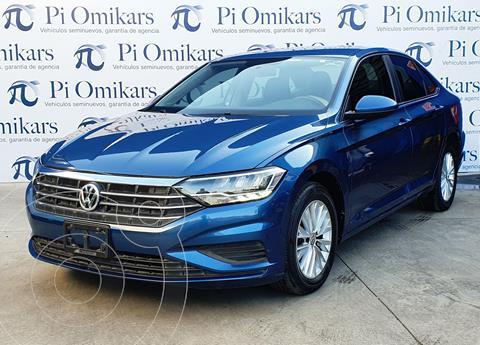 Volkswagen Jetta Comfortline usado (2019) color Azul Marino precio $320,000