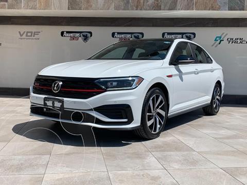 Volkswagen Jetta TDi DSG usado (2021) color Blanco precio $570,990
