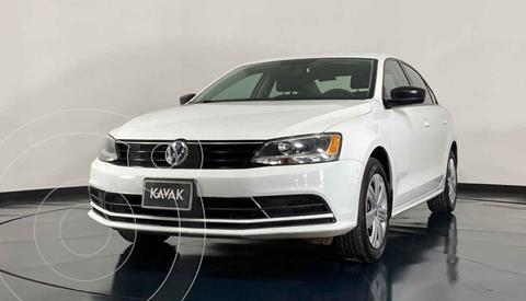Volkswagen Jetta 2.0 usado (2018) color Blanco precio $239,999