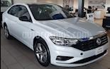 Foto venta Auto nuevo Volkswagen Jetta R-Line Tiptronic color Plata precio $386,990