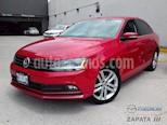 Foto venta Auto usado Volkswagen Jetta Sportline (2017) color Rojo Tornado precio $245,000