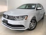 Foto venta Auto usado Volkswagen Jetta Trendline 2.0 Equipado (2018) color Plata Metalizado precio $243,900