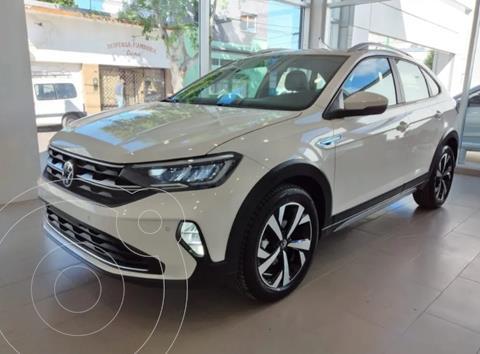 Volkswagen Nivus Comfortline 200 TSi nuevo color Blanco Cristal precio $3.950.000