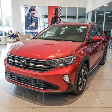 Volkswagen Nivus Highline 200 TSi nuevo color Rojo Sunset precio $3.300.000