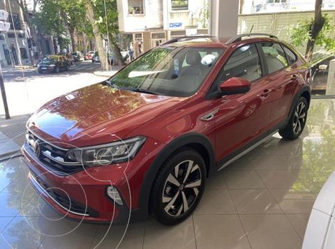 Volkswagen Nivus Highline 200 TSi nuevo color Rojo precio $3.830.000
