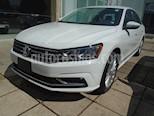 Foto venta Auto usado Volkswagen Passat COMFORT MOTOR 2.52L TRANS 6VEL AUT (2017) color Blanco precio $275,000