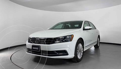 Volkswagen Passat Tiptronic Highline usado (2016) color Blanco precio $227,999