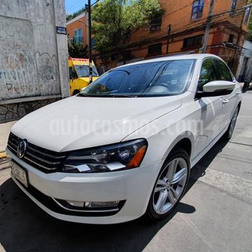 Volkswagen Passat DSG V6 usado (2015) color Blanco precio $187,000