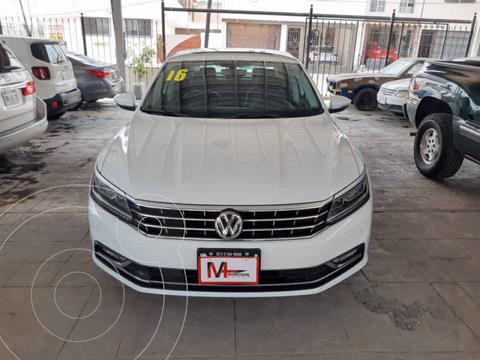 foto Volkswagen Passat GLX VR6 Aut usado (2016) color Blanco precio $259,000