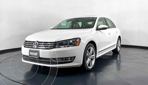Volkswagen Passat GLX VR6 Aut usado (2012) color Beige precio $172,999