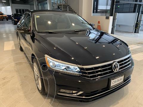 Volkswagen Passat DSG V6 usado (2018) color Negro precio $396,000