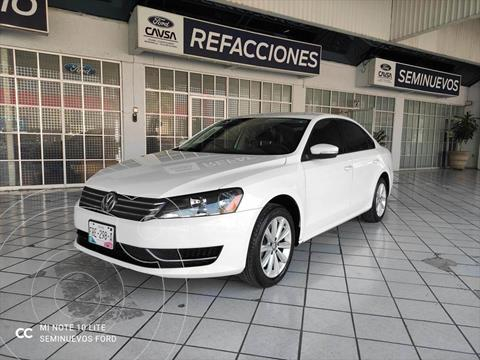 Volkswagen Passat COMFORTLINE usado (2014) color Blanco precio $205,000