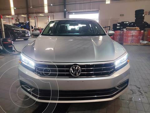 foto Volkswagen Passat Tiptronic Sportline usado (2019) color Plata Reflex precio $265,000