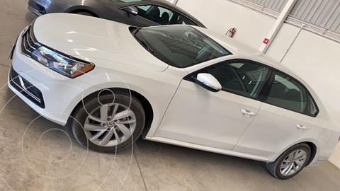 Volkswagen Passat Tiptronic Comfortline usado (2018) color Blanco precio $260,000