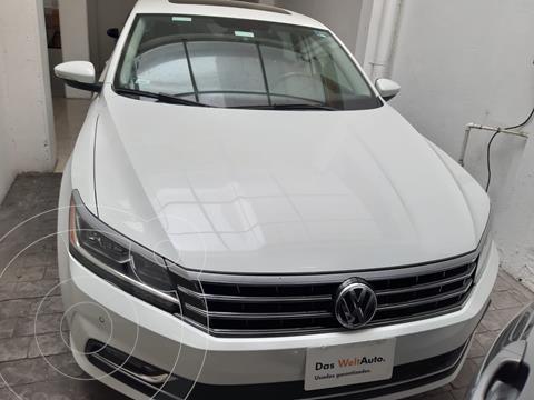 Volkswagen Passat V6 3.6L 280HP DSG usado (2017) color Blanco precio $298,000