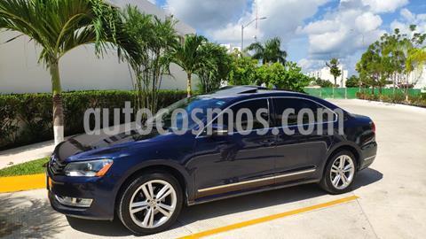 Volkswagen Passat DSG V6 usado (2015) color Azul precio $185,000