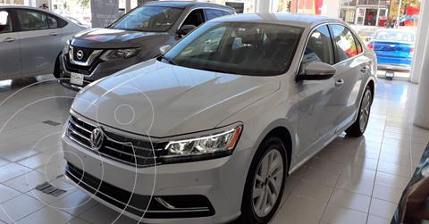 Volkswagen Passat Tiptronic Sportline usado (2018) color Plata Dorado precio $256,900