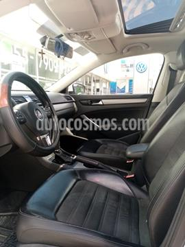 Volkswagen Passat Tiptronic Sportline usado (2015) color Blanco precio $165,000