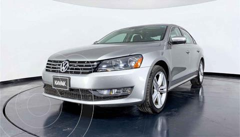 Volkswagen Passat GLX VR6 Aut usado (2013) color Plata precio $199,999