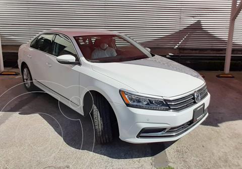 Volkswagen Passat Tiptronic Sportline usado (2019) color Blanco precio $358,880