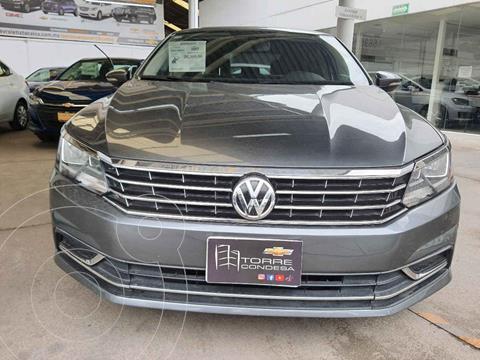 Volkswagen Passat Tiptronic Comfortline usado (2017) color Gris precio $229,000