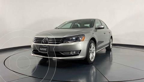 Volkswagen Passat GLX VR6 Aut usado (2013) color Plata precio $192,999