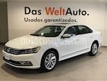 Foto venta Auto usado Volkswagen Passat Tiptronic Highline (2018) color Blanco Candy precio $418,000
