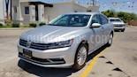 Foto venta Auto usado Volkswagen Passat Tiptronic Sportline (2017) color Plata precio $202,900
