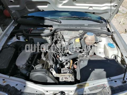 Volkswagen Pointer 5P usado (2004) color Gris precio $40,000