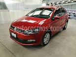 Foto venta Auto usado Volkswagen Polo Hatchback 1.2L TSI Aut (2017) color Naranja Cobre precio $235,000