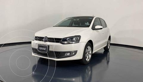 Volkswagen Polo Hatchback Comfortline Aut usado (2014) color Blanco precio $152,999