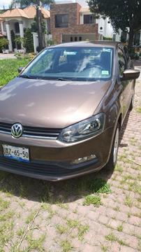 Volkswagen Polo Hatchback Comfortline usado (2015) color Marron precio $125,000
