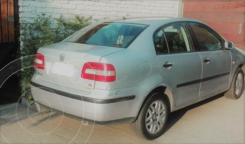 Volkswagen Polo Sedan  1.6  usado (2005) color Gris Plata  precio $2.350.000