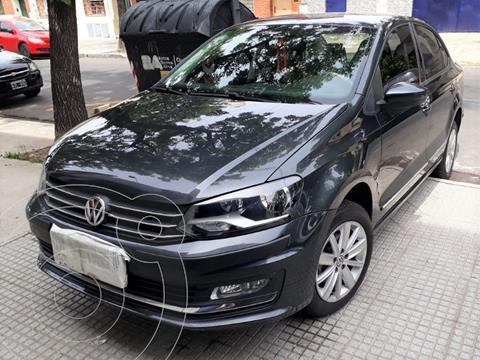 Volkswagen Polo Comfortline usado (2016) color Gris Carbono precio $1.250.000