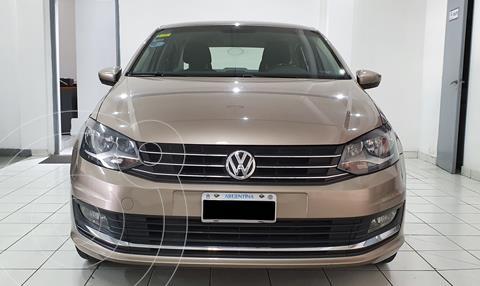 Volkswagen Polo Comfortline usado (2015) color Bronce precio $1.420.000