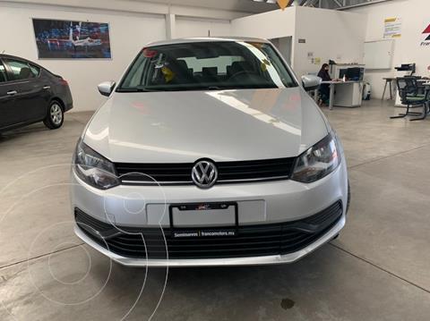 Volkswagen Polo 1.6L Base 5P Ac usado (2019) color Plata precio $179,000
