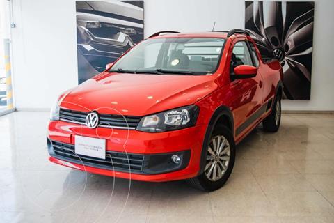 Volkswagen Saveiro HIGHLINE CAB E 1.6L L4 101HP MT usado (2015) color Rojo Flash precio $195,000