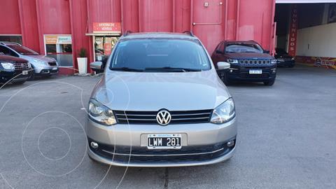 Volkswagen Suran 1.6 Highline I-Motion usado (2012) color Gris Claro precio $950.000