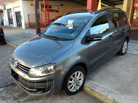 Volkswagen Suran 1.6 Trendline usado (2014) color Gris precio $1.150.000