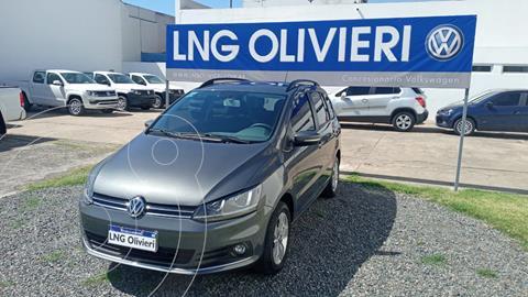 Volkswagen Suran 1.6 Trendline usado (2016) color Gris precio $1.480.000