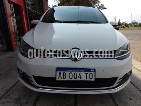Volkswagen Suran 1.6 Highline usado (2018) color Blanco precio $1.280.000