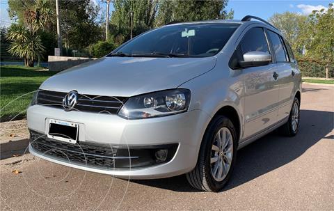 Volkswagen Suran 1.6 Trendline usado (2014) color Plata Reflex precio $1.050.000