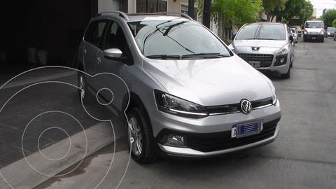 Volkswagen Suran Cross 1.6 Highline usado (2017) color Plata precio $1.499.900
