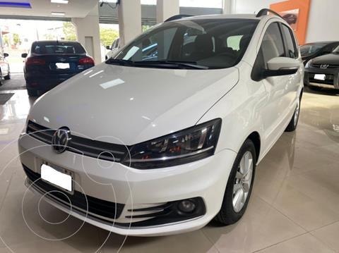 Volkswagen Suran 1.6 Track usado (2015) color Blanco precio $1.240.000