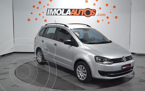 Volkswagen Suran 1.6 Comfortline usado (2016) color Plata Reflex precio $830.000
