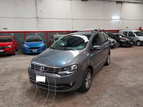 Volkswagen Suran 1.6 Highline usado (2013) color Gris Vulcano precio $895.000