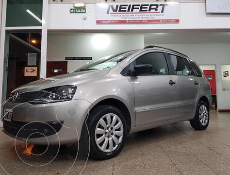 Volkswagen Suran 1.6 Track usado (2014) color Beige precio $990.000