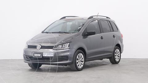 Volkswagen Suran 1.6 Comfortline usado (2015) color Gris Vulcano precio $1.360.000