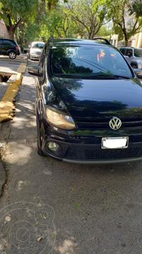Volkswagen Suran Cross 1.6 Highline usado (2012) color Negro precio $1.250.000